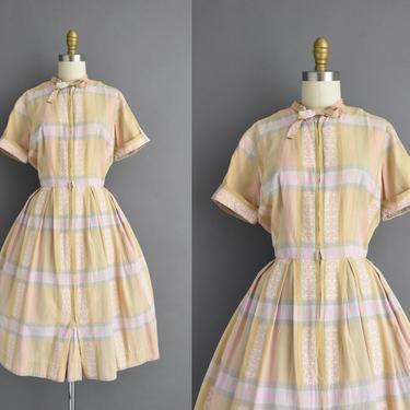 1950s vintage dress   Classic Plaid Print Short Sleeve Full Skirt Cotton Shirt Dress   Large   50s dress by simplicityisbliss