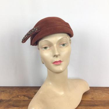 Vintage 40s hat | Vintage burnt orange velour beaded hat  | 1940s Juli Kay millinery by BeeandMason