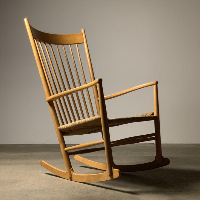 Hans J Wegner Rocking Chair by FDB Mobler by midcenTree