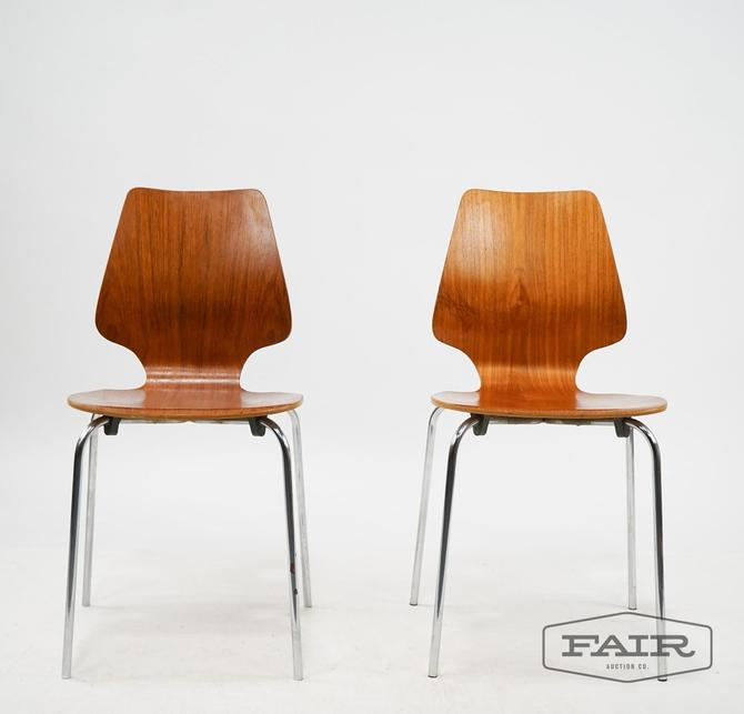 Pair of Ant Chair Style Bentwood Chairs