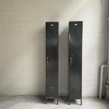 Industrial Green Metal Gymnasium Lockers