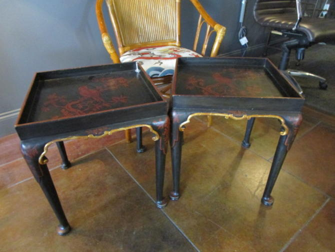 PAIR OF CHINOISERIE ACCENT TABLES