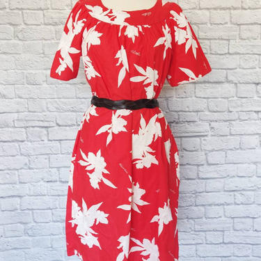 Vintage 70s Hawaiian Tropical Dress // Red and White Floral by GemVintageMN