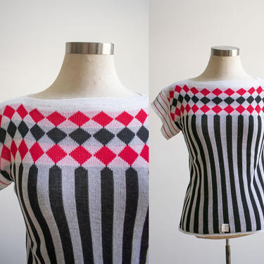 Vintage 1960s Knit Sweater / Vintage Knit Tshirt / Argyle Knit Sweater Blouse / White Black and Red Sweater / Deadstock Vintage / 1960s NOS by milkandice