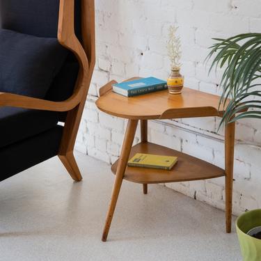 Triangle Table with Shelf