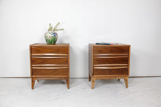 Pair of vintage MCM nightstands / end tables with 3 drawers REFINISHED | Free delivery in NYC and Central Hudson areas by OmasaProjects