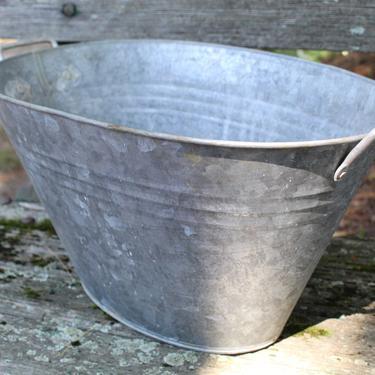 Narrow Galvanized Metal Tub - Vintage Planter - Gavanized Steel Planter - Oval Bucket | FREE by Trovetorium