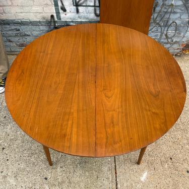 "Vintage mid century modern dining dinner table walnut 45"" round beautiful has 1x 20""  leaf by symmetrymodern"