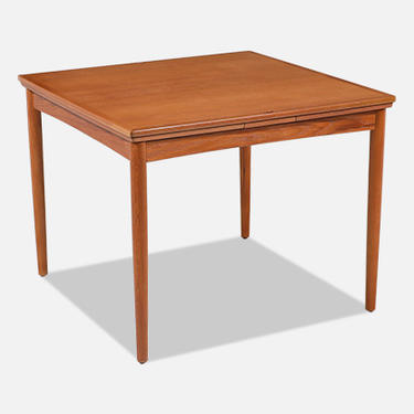 Carlo Jensen Flip-Top Expanding Dining / Game Table for Hundevad & Co.