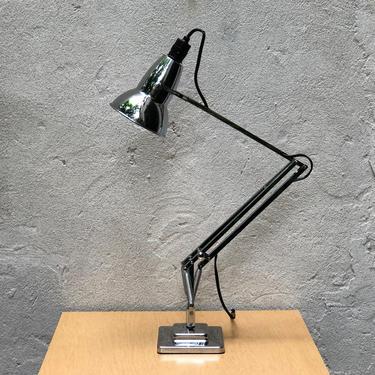 Anglepoise Original 1227 Chrome Desk Lamp by ilikemikes