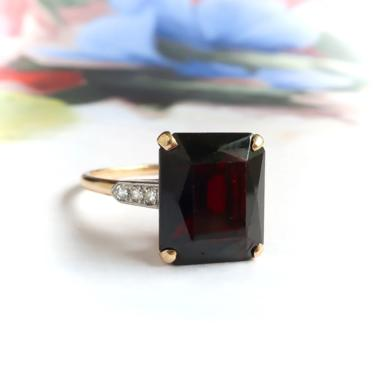 Retro Vintage 1940s 6.73ct. tw. Emerald Cut Garnet Diamond Birthstone Cocktail Ring 14k Platinum by YourJewelryFinder