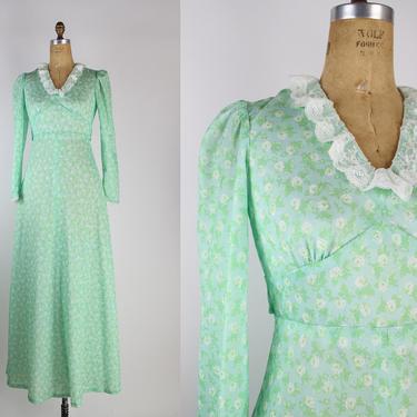 70s Green Floral Maxi Dres / Prairie Dress / Boho / 1970s / Size S/M by PARASOLvintage