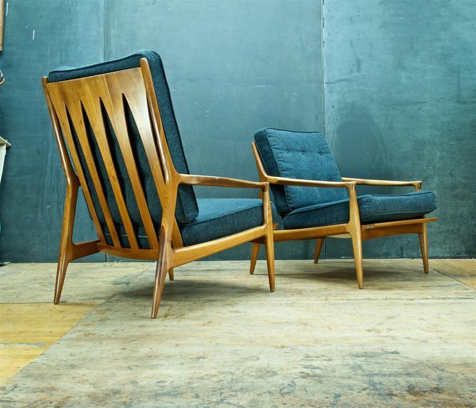Vintage Pair of Walnut Lounge Armchairs Vintage Mid-Century Modern Milo Baughman His Hers Easy Chairs by BrainWashington