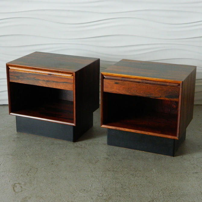 HA-C7941 Pair of Westnofa Rosewood Nightstands