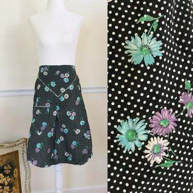True Vintage Floral Half Apron Black Apron With Polka Dots & Daisies Hostess Apron Vintage Retro Kitchen Gift For Mom by AuntyEntitysVintage