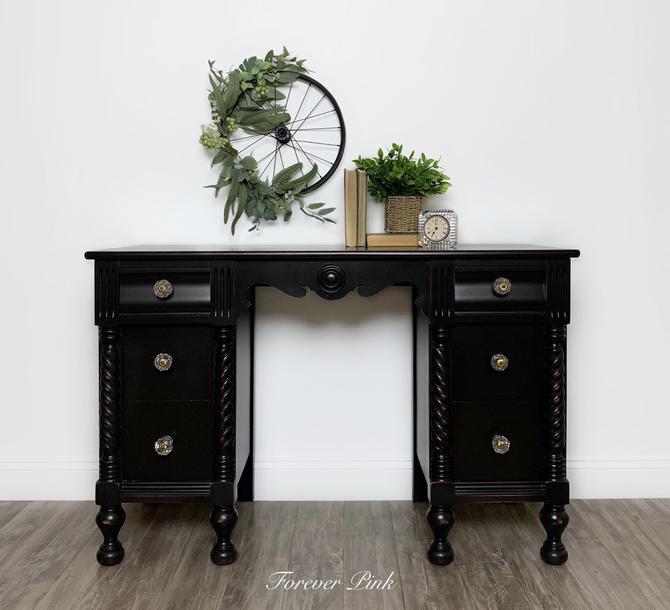 Vintage Black Six Drawer Vanity Desk by ForeverPinkVintage