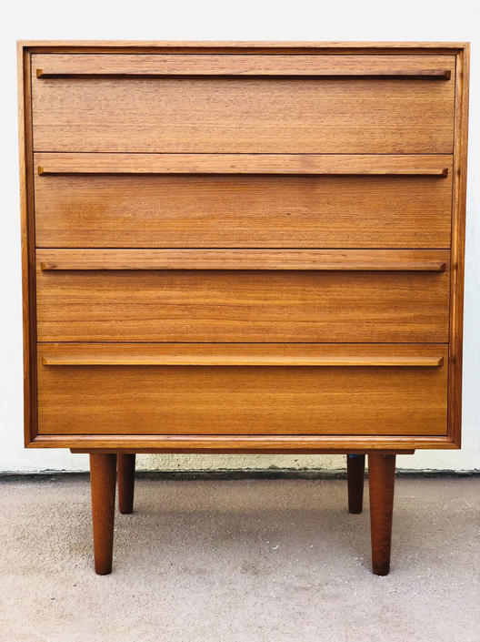 Vintage 4 Drawer Danish Mid Century Teak Chest or Dresser by BentwoodVintage