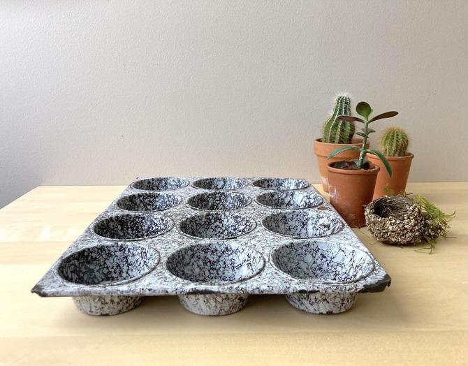 12 count muffin tin vintage black white graniteware - farmhouse kitchen decor by ionesAttic