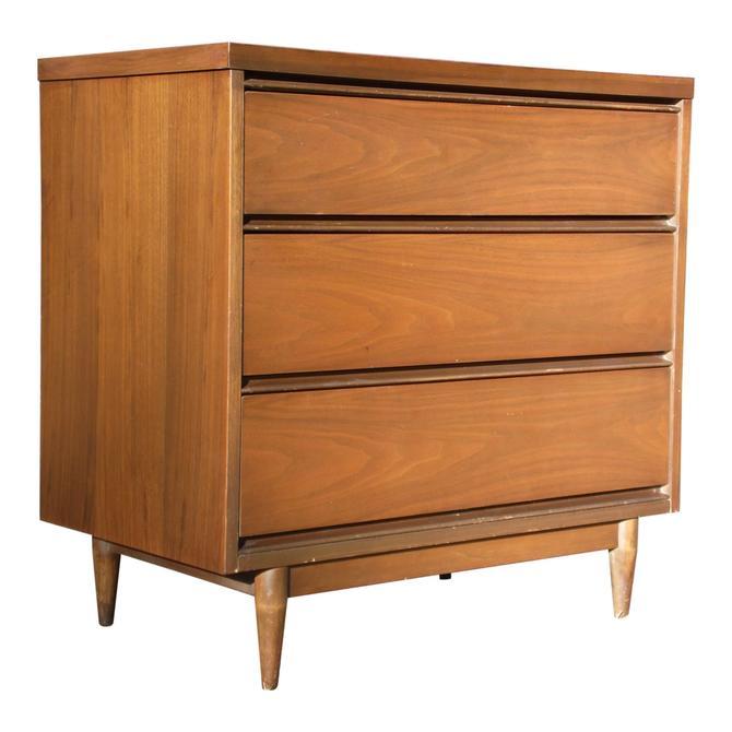 Vintage Mid Century Modern Walnut Dresser Chest of Drawers Bureau Server