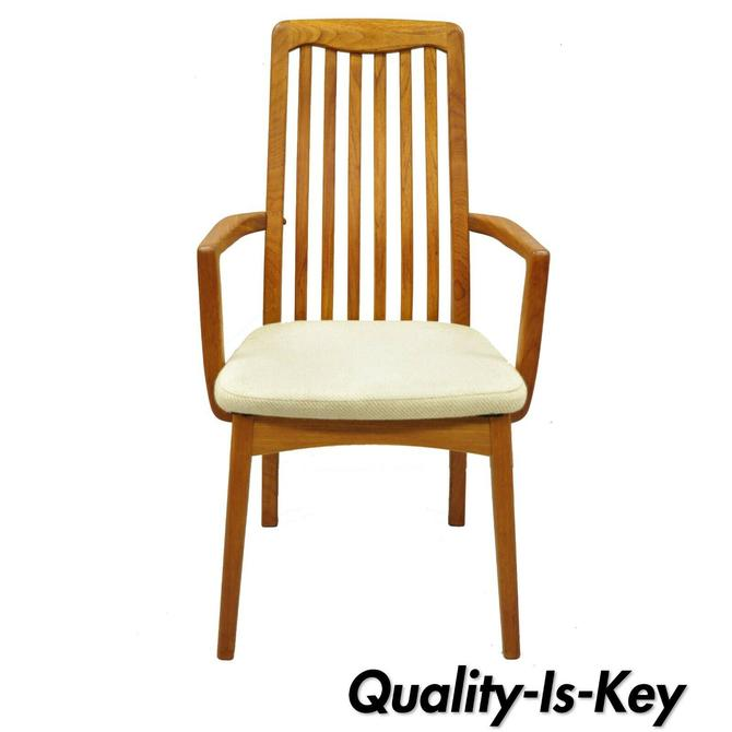 Mid Century Danish Modern Style Teak Wood Benny Linden Dining Arm Chair (A)
