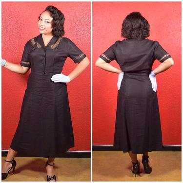 1940s 50s Linen Anthracite Shirtwaist with Lace Panels by Georgiana by THEGIRLCANTHELPITUSA