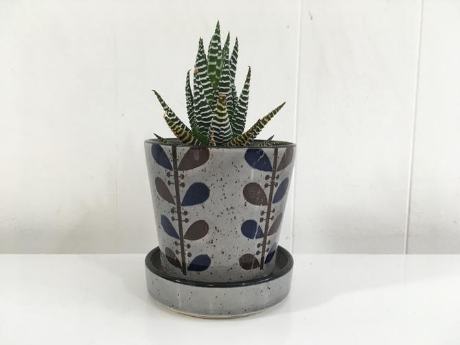 Vintage Gray Leaves Planter Orla Kiely Style Pattern Brown Blue Vine Leaf Attached Saucer Mod Mid-Century Pottery Pot 1950s 50s Speckled by CheckEngineVintage
