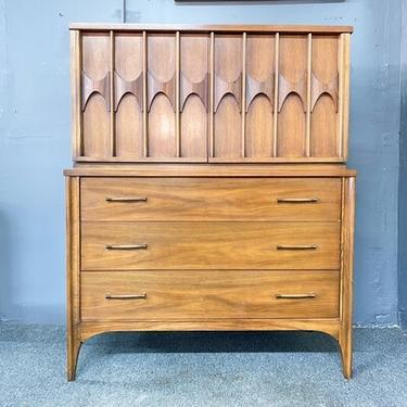 Kent Coffey Perspecta High Dresser