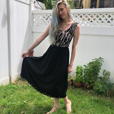 Embroidered Detail Skirt
