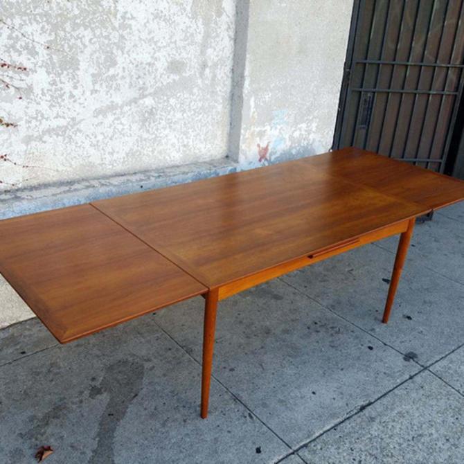 Magnificent Vintage Teak Danish Modern Selig Dining Table From Sunbeam Uwap Interior Chair Design Uwaporg