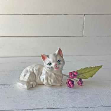 Vintage White Cat Figurine With Pink Ears And Mouth And Green Eyes // Vintage Cat Knick Knack, Cat Lover Gift // Cat Collector, Perfect Gift by CuriouslyCuratedShop