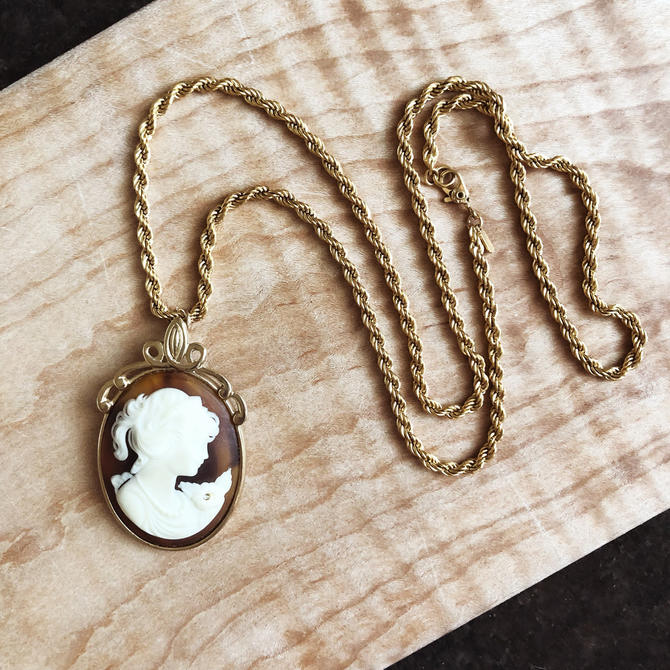 Vintage Whiting & Davis Cameo Pendant Necklace by TheDistilleryVintage