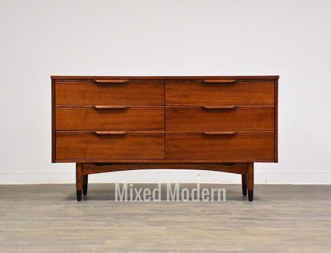Walnut Mid Century Dresser by Hooker Furniture by mixedmodern1