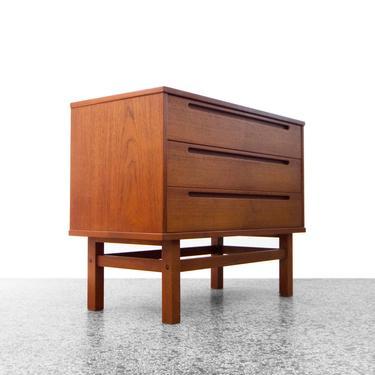 Nils Jonsson 3-Drawer Teak Dresser for HJN Møbler by JefferyStuart