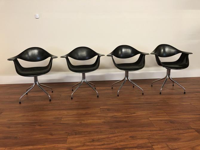 Vintage George Nelson for Herman Miller Swag Leg DAF Chairs - Set of 4 by Vintagefurnitureetc