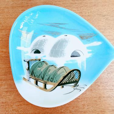 Vintage Matthew Adams Pottery | Alaska | Tray Plate 164 | Igloos and Sled | 1950s by TheFeatheredCurator