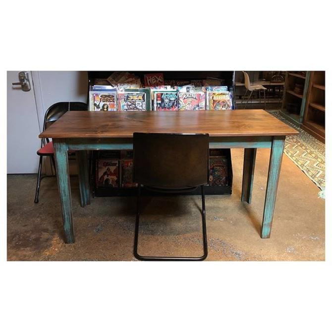 Skinny Shenandoah pine dining / desk. perfect for a small space. Chose your color! Teal, white, gray. 60 L x 24 D x 31 H
