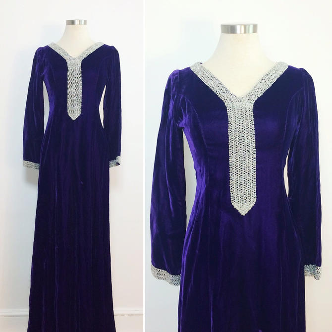 Vintage 1970s Purple Velour Gown / Long Sleeve Evening Gown / Purple ...