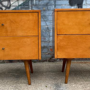 Paul mccobb planner group #1503 2 drawer bedside tables nightstands blonde maple Brass pulls minimalist modern mid century by symmetrymodern