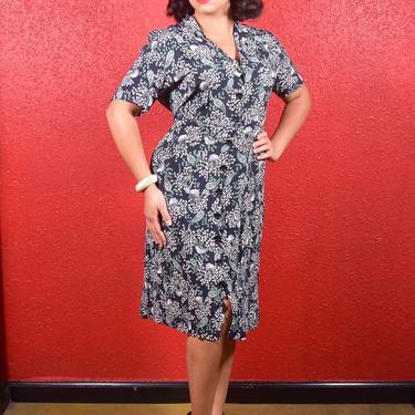 1940s Rayon Crepe Urn Print Shirtwaist Dress XL XXL by THEGIRLCANTHELPITUSA