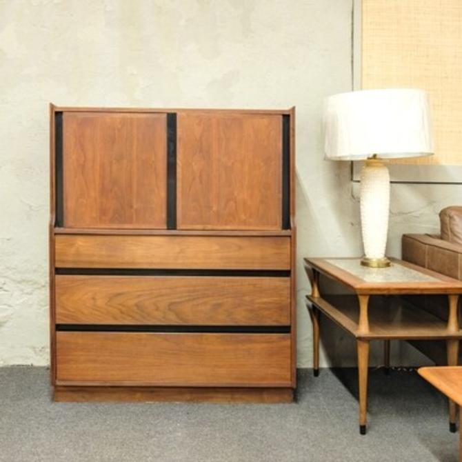 Dillingham High Dresser