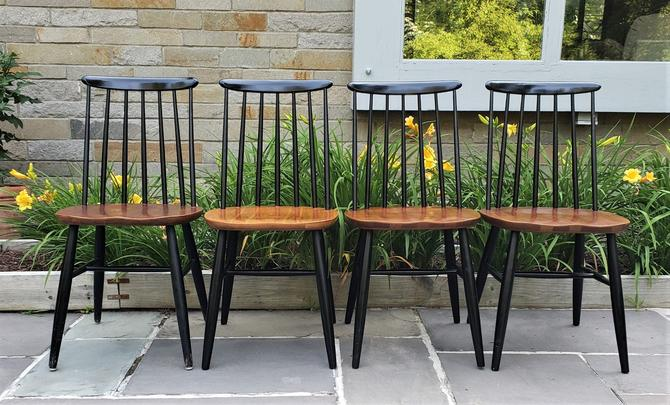 Vintage Mid Century Modern Spindle Back Dining Chairs Set of 4 by WrightFindsinMCM