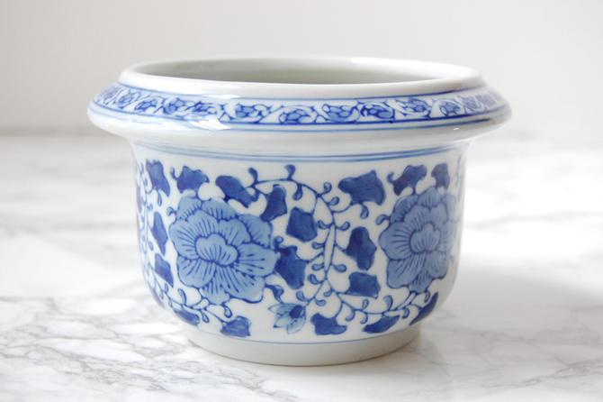 Blue And White Chinoiserie Planter Small Asian Porcelain Pot Decor By Pursuingvintage1