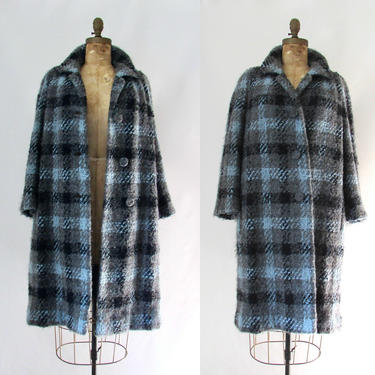 THE TWEED LIFE Vintage 60s Plaid Coat | 1960s I Magnin Davidow Blue Chunky Wool Boucle Overcoat | 50s 1950s Blue Mid Century | Size Medium by lovestreetsf