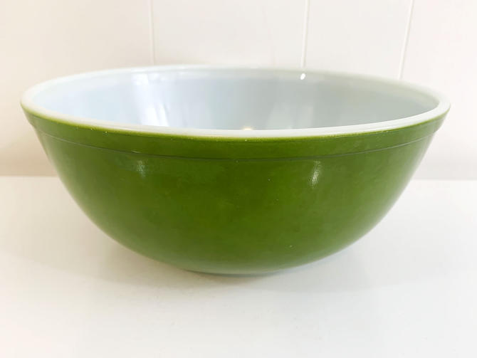 Vintage Pyrex Reverse Primary Mixing Bowl 1950s 404 Green Verde USA Baking Retro Kitchen Nesting Ovenware Cooking Serving MCM Mid-Century by CheckEngineVintage