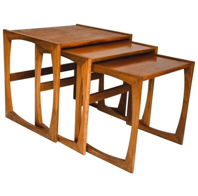Mid Century Modern Nesting Tables or Stand Set of 3 by BigWhaleConsignment