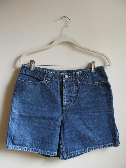 90s Denim High Waist Shorts M 30 Waist by pasadenavintage