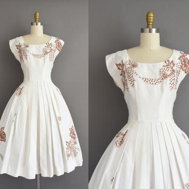 vintage 1950s dress | Gorgeous White Cotton Sweeping Full Skirt Brown Floral Dress | Small | 50s vintage dress by simplicityisbliss