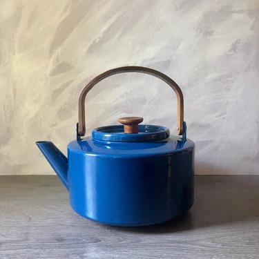Vintage Blue Copco Tea Kettle by Michael Lax by PKFlamingoVintage