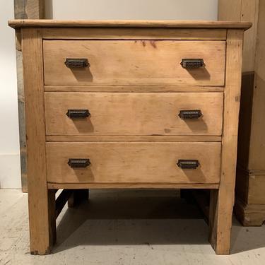 Vintage 3-Drawer Cabinet