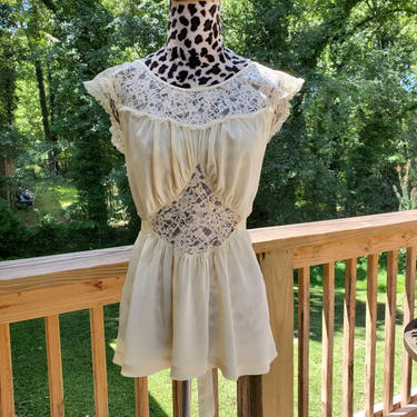 1950's Nightie Top by Seamprufe in Pale Yellowe 50s Lingerie Vintage 50's Loungewear Size Small/Medium by HeySailorNiceVintage